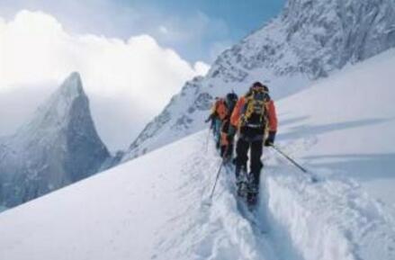 留学生登山遇难 身亡原因简直太悲剧