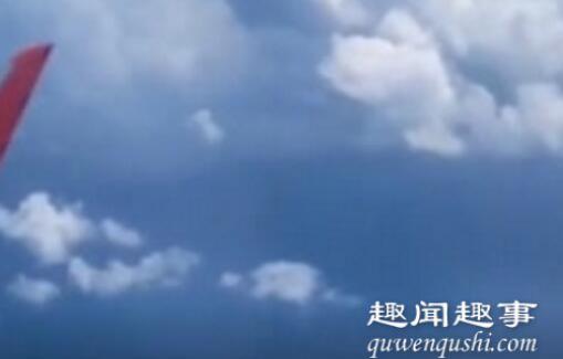船在天上飞?女子坐飞机睡了一觉 醒来拍下窗外罕见景象 事件始末最新消息