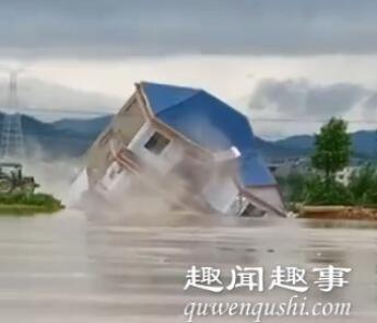 惊恐!江西整栋楼房突然下沉5秒后消失不见 村民拍下可怕瞬间
