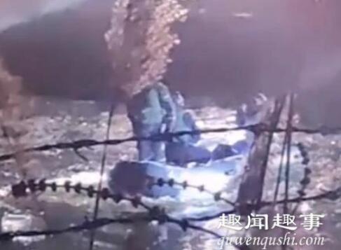 辽宁载6人小轿车冲进冰窟窿3人遇难 身份确认令人痛心